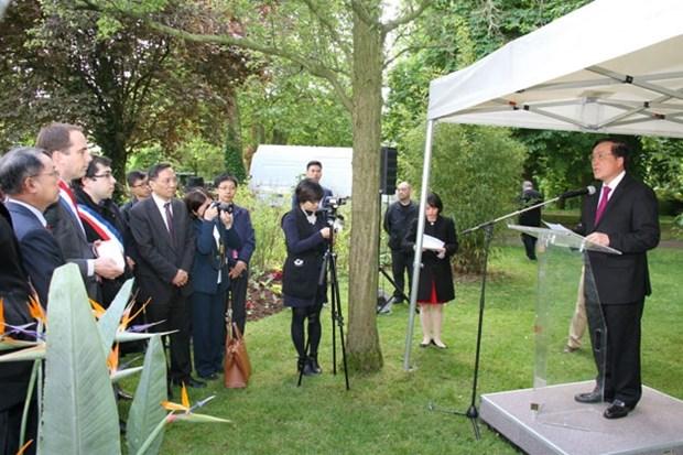 Le 127eme anniversaire du President Ho Chi Minh celebre en France hinh anh 1