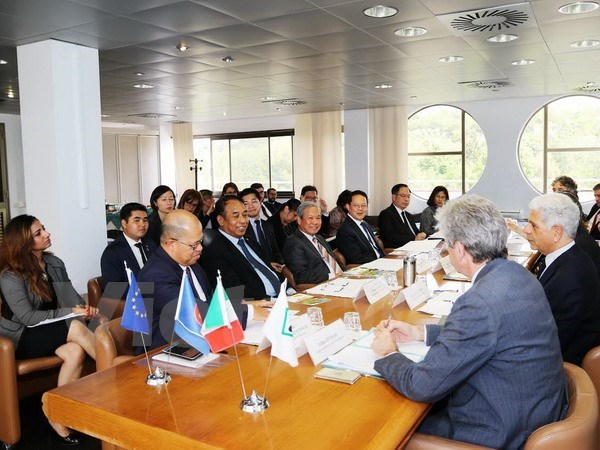 ASEAN-Italie : priorite a la cooperation regionale hinh anh 1