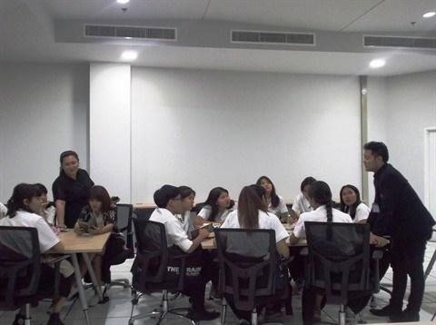 Les jeunes en Afrique au cœur d'un colloque a Hanoi hinh anh 2