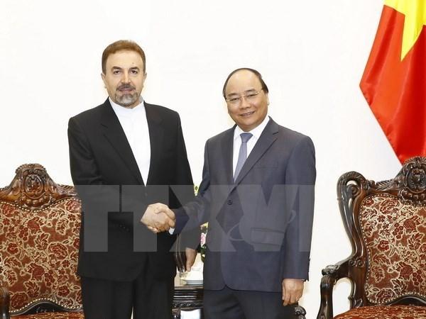 Le Premier ministre Nguyen Xuan Phuc recoit l'ambassadeur iranien hinh anh 1