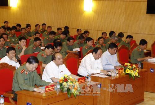 Le PM Nguyen Xuan Phuc appelle a une securite economique renforcee hinh anh 1