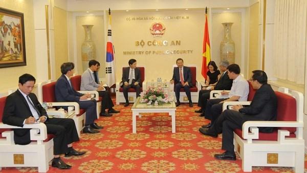 Consolider les relations entre le Vietnam et la R. de Coree hinh anh 1