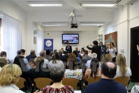 La province de Binh Duong promeut le commerce en Italie hinh anh 1