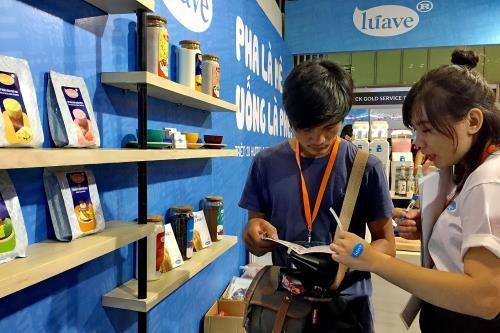 Ouverture du 9e Salon international sur la franchise et la vente au detail a HCM-Ville hinh anh 1