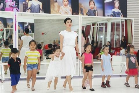 Des opportunites pour le mannequinat pour enfants vietnamiens hinh anh 2