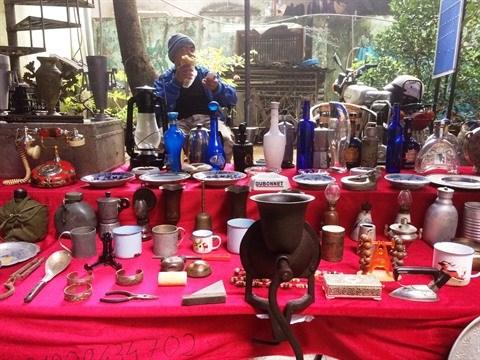Une foire d'antiquites au cœur de Hanoi hinh anh 1