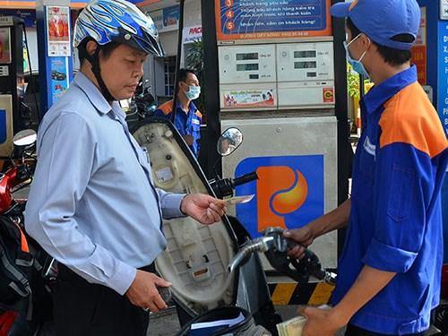 Les prix des carburants en hausse legere hinh anh 1