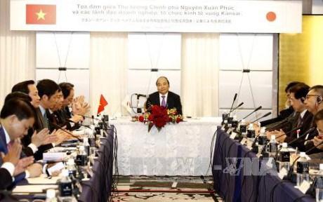 Le PM affirme creer des conditions aux entreprises japonaises hinh anh 1