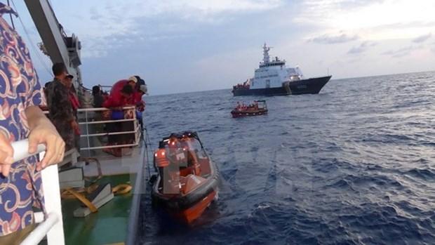 L'Indonesie renvoie des pecheurs vietnamiens dans leur pays hinh anh 1