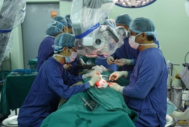 Reconstruction faciale pour patient atteint d'une tumeur du visage hinh anh 1