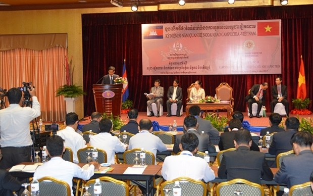 Les relations Vietnam-Cambodge continuent a se developper hinh anh 1