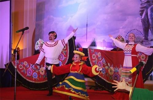 Celebration de la Fete nationale de la Federation de Russie hinh anh 1