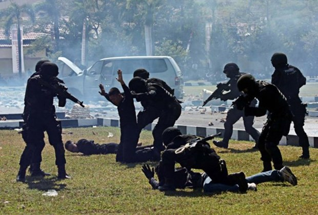 Journal Jakarta Post : l'ASEAN doit se solidariser contre l'Etat islamique hinh anh 1