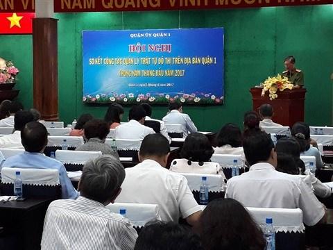Ho Chi Minh-Ville : plus de 7.000 infractions a l'occupation des trottoirs sanctionnees hinh anh 1