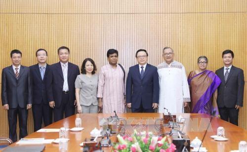 Promotion de la cooperation entre les partis communistes vietnamien et bangladais hinh anh 1