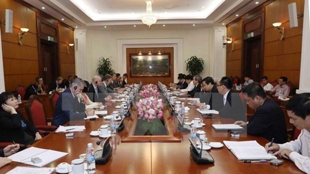Les entreprises pharmaceutiques d'EuroCham sont bienvenues au Vietnam hinh anh 1