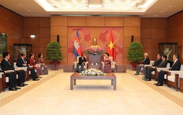 Le president de l'AN cambodgienne termine sa visite officielle d'amitie au Vietnam hinh anh 1
