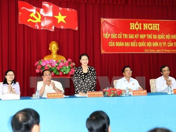 La presidente de l'Assemblee nationale a l'ecoute des electeurs de Can Tho hinh anh 1