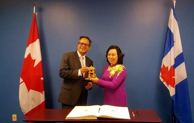 Hanoi : renforcement de la cooperation integrale avec le Canada et les Etats-Unis hinh anh 1