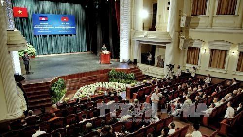 Celebration des 50 ans des relations diplomatiques Vietnam-Cambodge a HCM-Ville hinh anh 1
