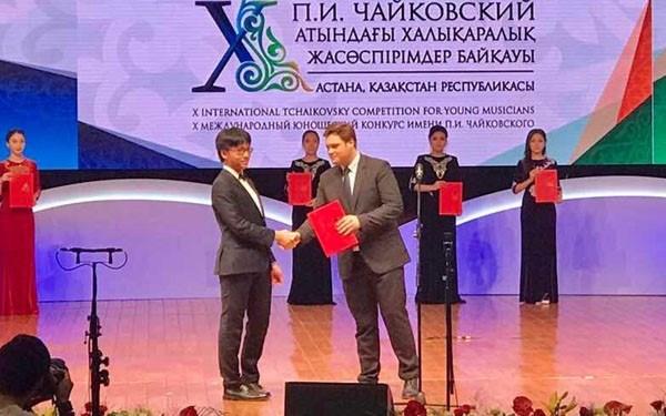 Musique : Tran Le Quang Tien remporte un prix au concours Tchaikovski hinh anh 1