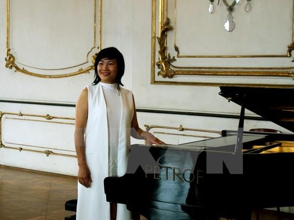 Des oeuvres d'opera en vietnamien interpretees lors du Festival Forfest en R. tcheque hinh anh 1