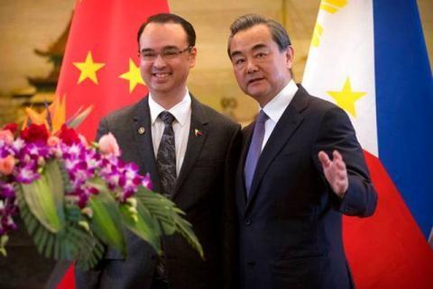 La Chine aide les Philippines dans la lutte contre le terrorisme hinh anh 1