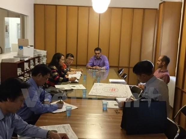 Vietnam et France echangent d'experiences dans la gestion de la presse hinh anh 1