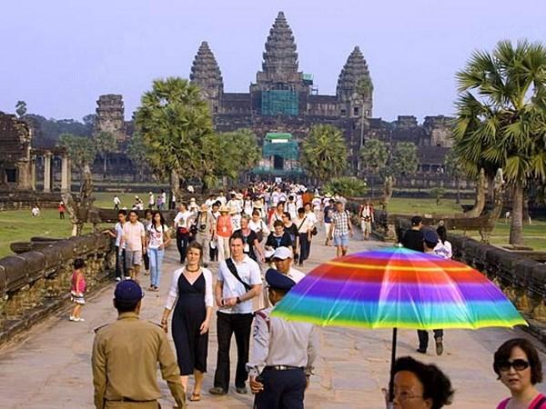 Le Cambodge accelere le developpement du tourisme hinh anh 1