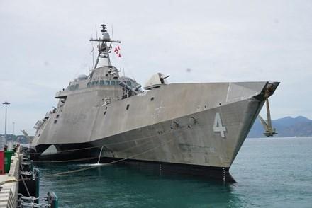 Huitieme echange entre la Marine vietnamienne et americaine hinh anh 1