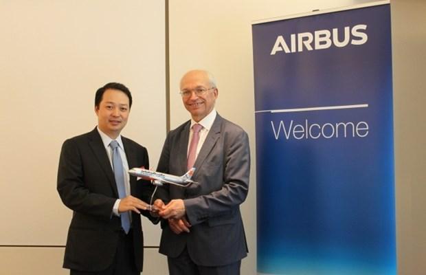 Jetstar Pacific recoit le premier A320CEO de son contrat avec Airbus hinh anh 1