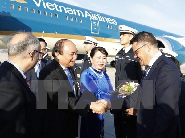 Le PM Nguyen Xuan Phuc arrive a Francfort pour sa visite en Allemagne et le Sommet du G20 hinh anh 1
