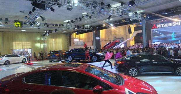 Premier semestre: les importations d'automobiles depassent le milliard de dollars hinh anh 1