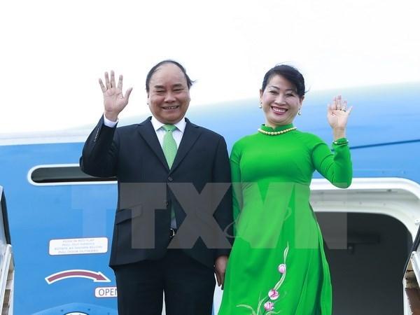 Le PM Nguyen Xuan Phuc arrive a Amsterdam pour sa visite aux Pays-Bas hinh anh 1