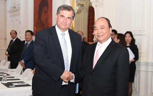 Le PM Nguyen Xuan Phuc poursuit ses activites aux Pays-Bas hinh anh 3