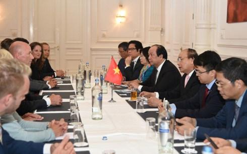 Le PM Nguyen Xuan Phuc poursuit ses activites aux Pays-Bas hinh anh 2