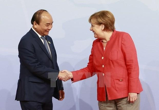 Le Premier ministre Nguyen Xuan Phuc termine sa visite de travail en Allemagne et aux Pays-Bas hinh anh 1