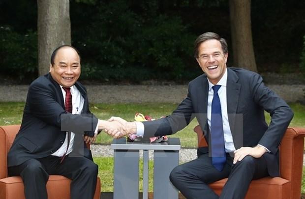 Le Premier ministre Nguyen Xuan Phuc termine sa visite de travail en Allemagne et aux Pays-Bas hinh anh 3