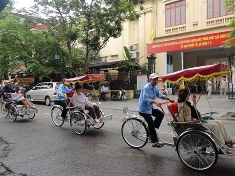 Hausse du nombre de touristes etrangers a Hanoi et a Thua Thien-Hue au premier semestre hinh anh 1