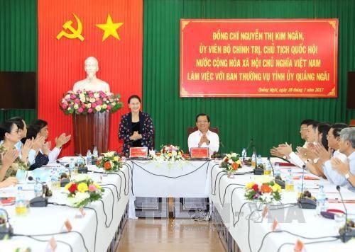 La presidente de l'AN Nguyen Thi Kim Ngan en visite de travail a Quang Ngai hinh anh 1