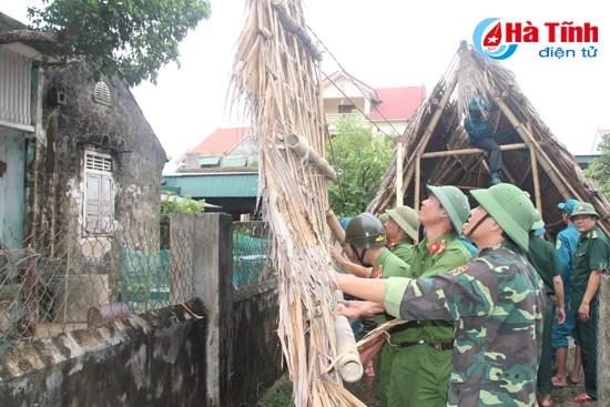Reparation des degats provoques par le typhon Talas hinh anh 1