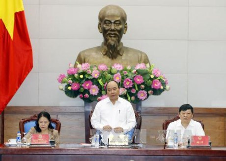 Le PM travaille avec la Croix-Rouge vietnamienne hinh anh 1