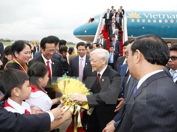Ceremonie d'accueil a Phnom Penh du leader du PCV hinh anh 1