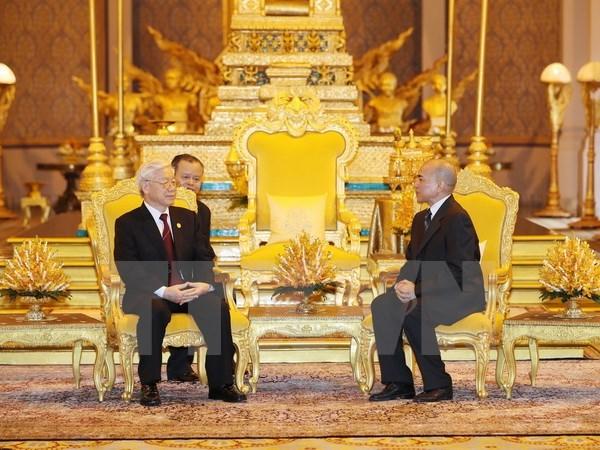Entretien Nguyen Phu Trong – Norodom Sihamoni hinh anh 1