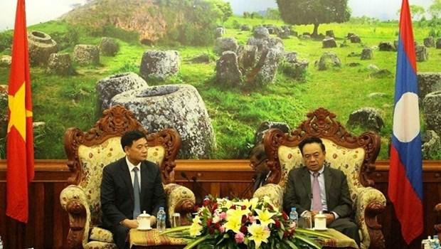 Resserrer l'amitie et la cooperation entre le Vietnam et Xieng Khouang (Laos) hinh anh 1