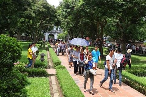 Hanoi met sur pied des equipes de jeunes «volontaires du tourisme» hinh anh 1