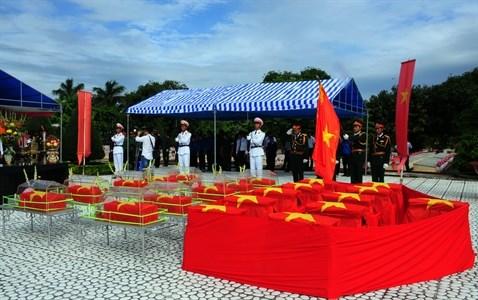Long An a rapatrie les restes de 2.259 soldats tombes au Cambodge hinh anh 1