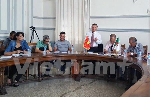Vietnam et Algerie cherchent a renforcer le partenariat commercial hinh anh 1