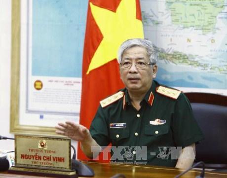 Le vice-ministre de la Defense Nguyen Chi Vinh recoit un general birman hinh anh 1