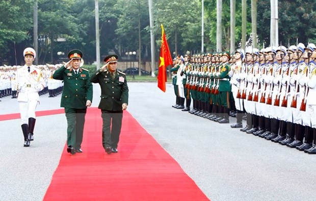 Renforcement de la cooperation Vietnam-Laos dans la defense hinh anh 1